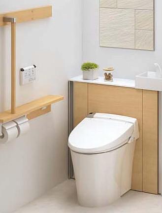 足が届かない!?最新トイレ座面高事情!!