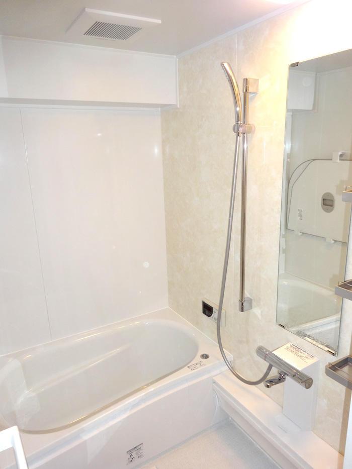 からっとしながらも温かい快適バスルーム
