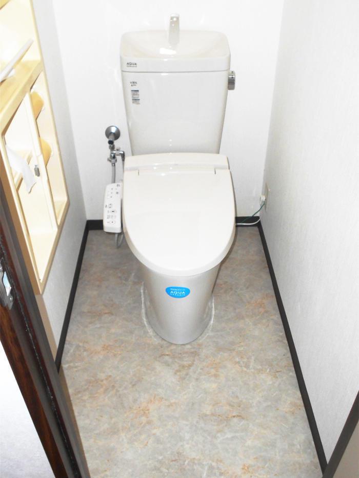 ローコストで機能を向上させたトイレ