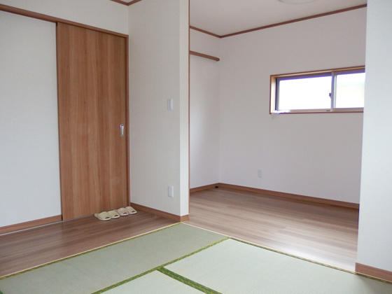 1部屋を2部屋にし和室と子供部屋に改築