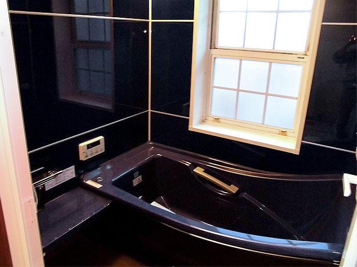断熱対策済みのユニットバスで年中快適なバスルーム
