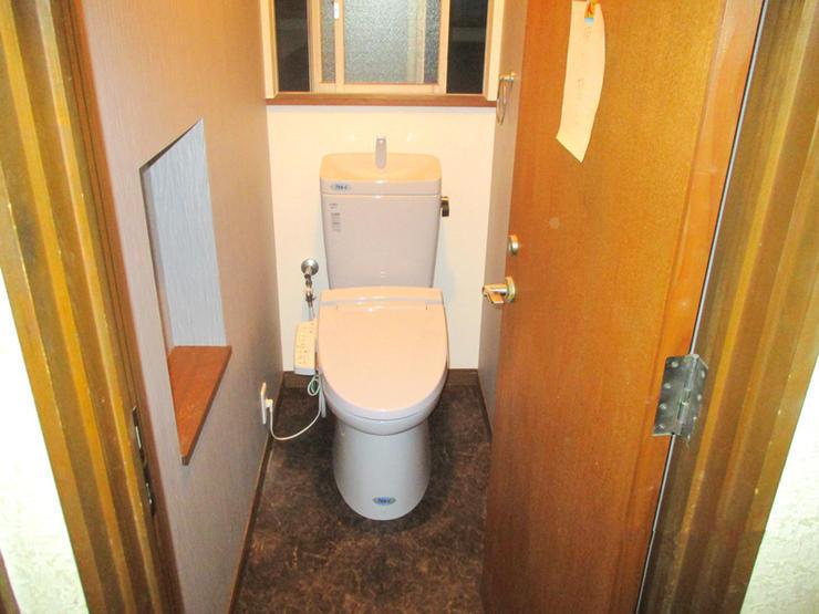 旧式トイレを安価に最新節水タイプのトイレへ