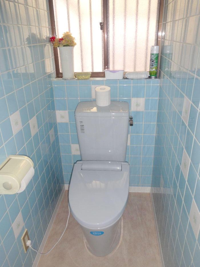 和式から洋式へ、すっきりしたトイレ空間