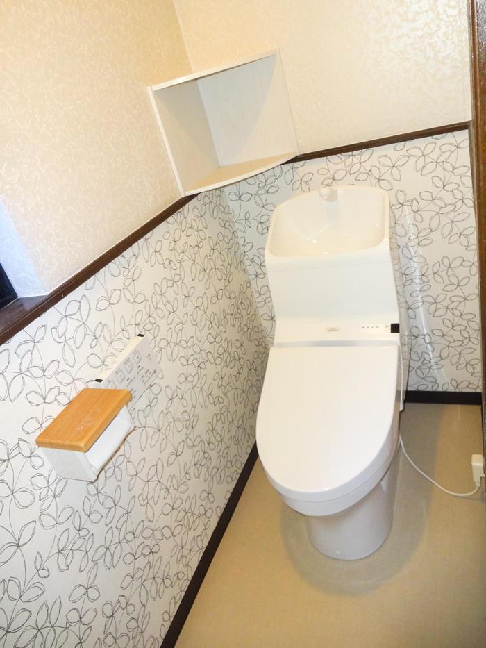 洋式にして使いやすくお掃除もしやすいトイレ