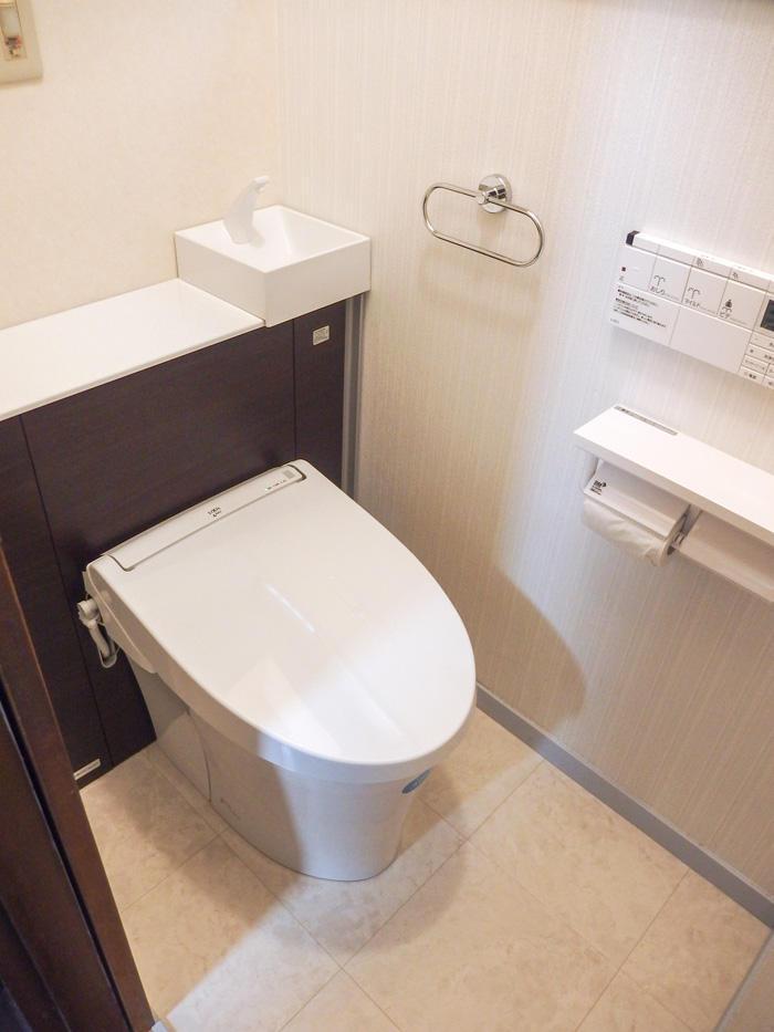 2か所のトイレを新品同様に同時リフォーム