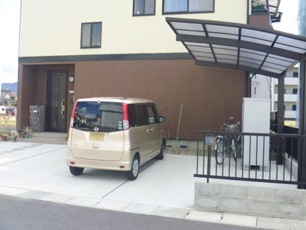 庭をすっきりさせて駐車場・物置を新設