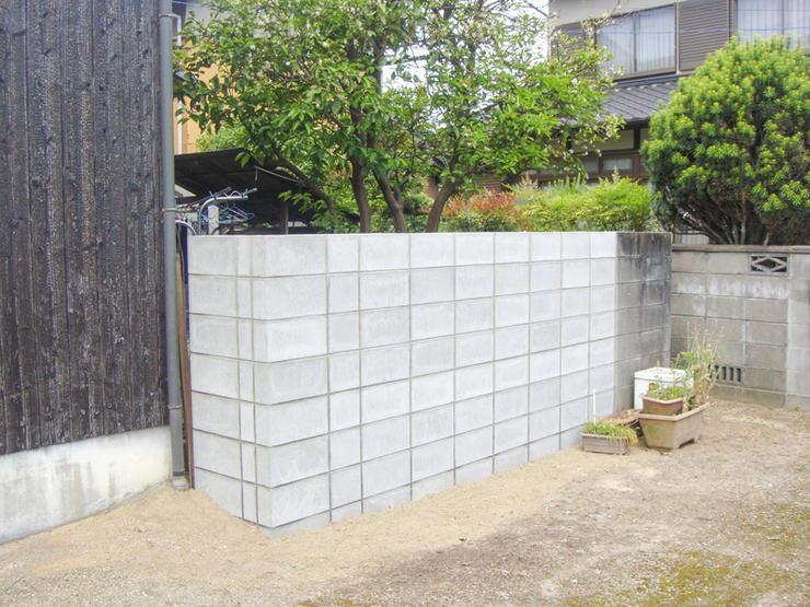 外敵を完全にシャットアウトするコンクリートの塀