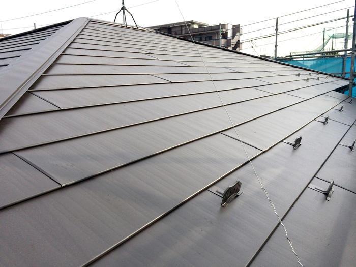 雨漏り修繕しながら温かい家にする断熱材入りの屋根