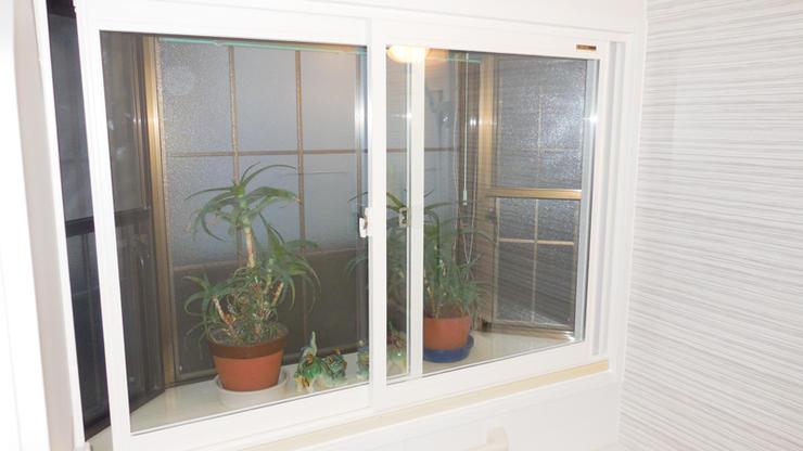 お風呂が温かくなり防音効果も生む内窓