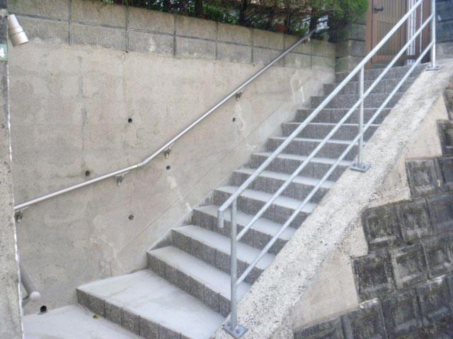 高さを低くした昇り降りがしやすい階段