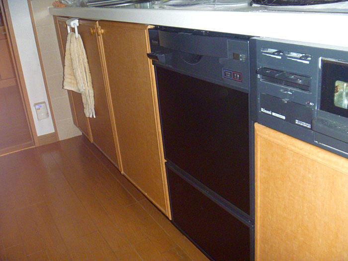 出し入れが楽になるスライドオープンタイプ食洗器への取替え