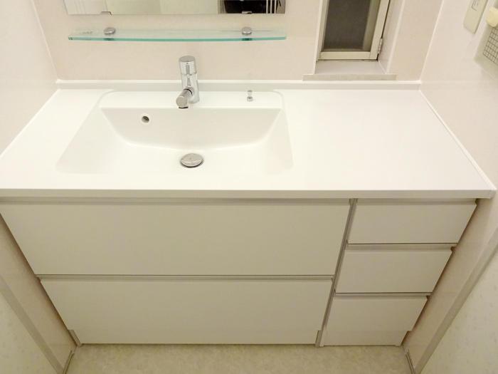 おしゃれなカウンター洗面台をぴったりサイズで