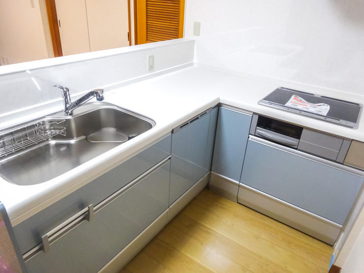 憧れのL型キッチンと洗面台を2Fに新設