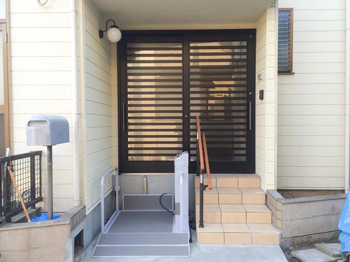 車いす使用の家族も簡単に入れる玄関