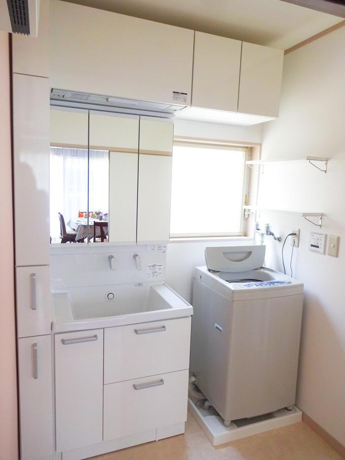 収納力の高い洗面台でお部屋全体をすっきり