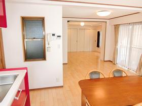 二世帯住宅のための戸建フルリフォーム
