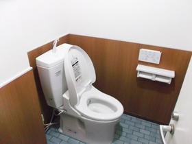 社用トイレを使い勝手のよい和式から様式へ