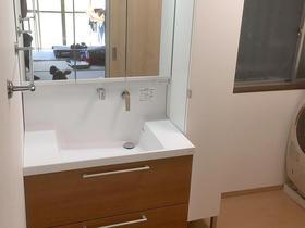 浴室と脱衣所を一つの部屋に。明るくなった洗面所