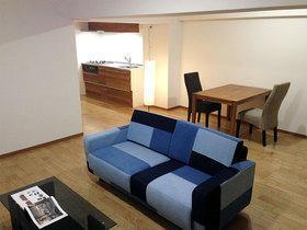 アクセントのクロスや家具でおしゃれに見せるマンションフルリフォーム