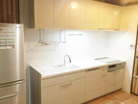 収納力アップで調理スペースを確保!時間も有効活用できるキッチン