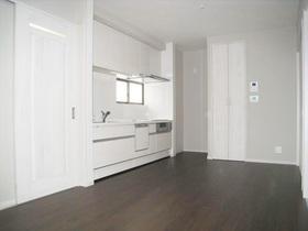 キッチンとトイレは別々に。二世帯が快適に過ごせる住まい