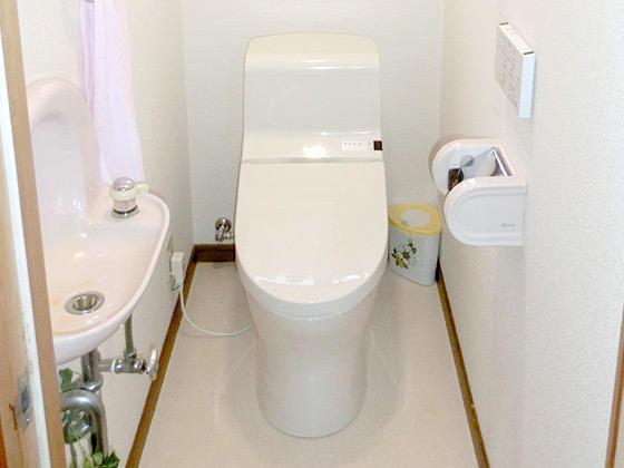 シンプルな工事にして1日で取替えたトイレ
