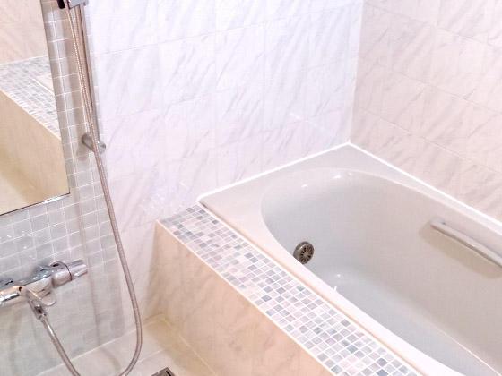 こだわりのデザインが光るエレガントな浴室
