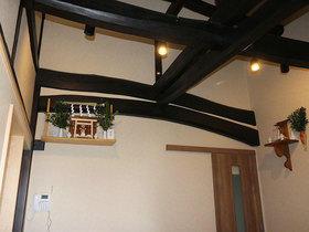 築100年の家屋を見栄えよく安心・快適にフルリフォーム