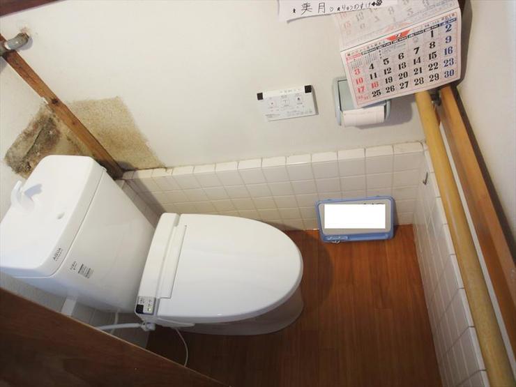 入口の段差を軽減させ、負担のかからない洋式トイレに