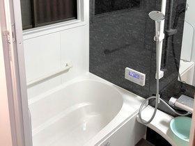暖房機を設置し、暖かく過ごしやすくなったバスルーム