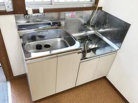 賃貸物件のお部屋のキッチンをご入居前にお値打に交換
