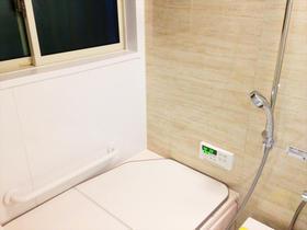 高断熱浴槽で家族みんなが快適に使えるバスルーム
