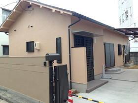 老朽化した家をリフォームし、減築工事で駐車場を確保