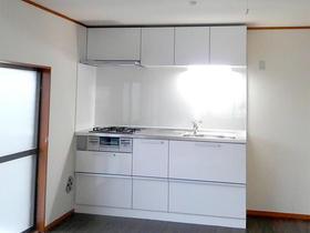 広々とした、自分が使いやすい高さのキッチン