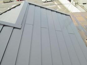 丁寧な手洗洗浄と塗装でよみがえる美しい屋根