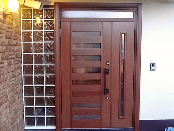 お客様に自慢したくなる、おしゃれで安全・安心の玄関